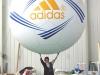 flygande-bollar-adidas